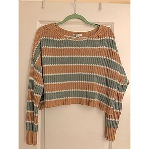 AE Cropped Cable Knit Sweater